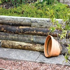 4ft (1.2m) Long Grange Rustic Sleepers (Pack of 4)