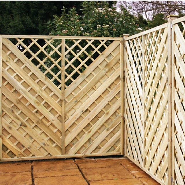 Arnold Pressure Treated Fencing with Integral Trellis