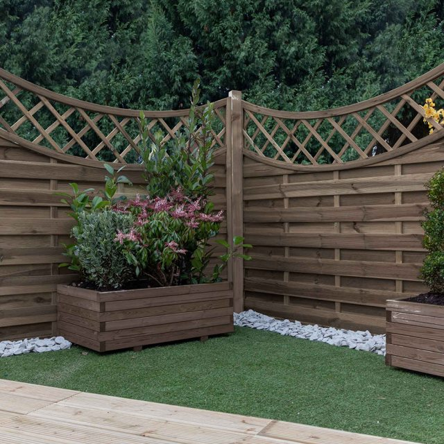 Vittoria Pressure Treated Fencing with Integrated Trellis
