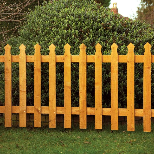 Grange Tulip Palisade Fencing - Golden Brown