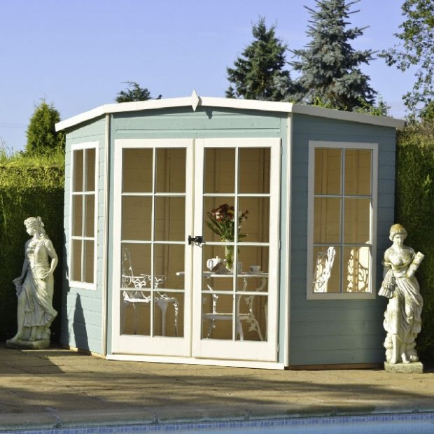 Customer Stories: the Shire Hampton Corner Summerhouse