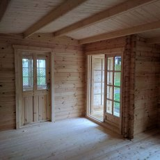 26 x 14 Shire Elveden Log Cabin - Interior view