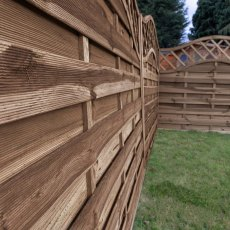 4ft High Mercia Lincoln Pressure Treated Fence Panels with Integrated Trellis