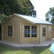 16G x 19 (4.79m x 5.69m) Shire Ropsley Log Cabin (28mm logs)