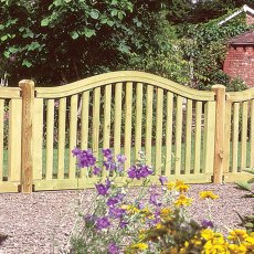 3ft 4' High (1000mm) Forest Hampton Fence Panels - Pressure Treated