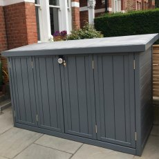 Thorndown Wood Paint 2.5 Litres - Mercury Grey - Painted on storage box