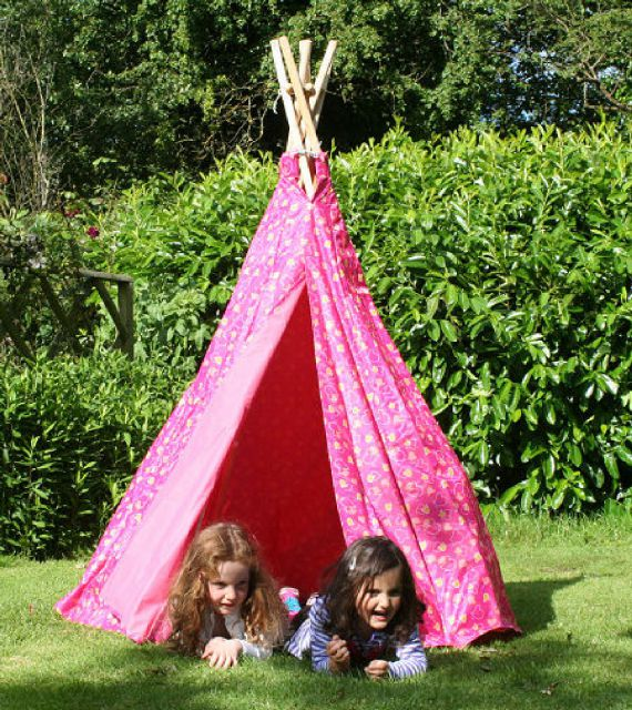 Garden Games Garden Games Pink Love Heart Play Tent