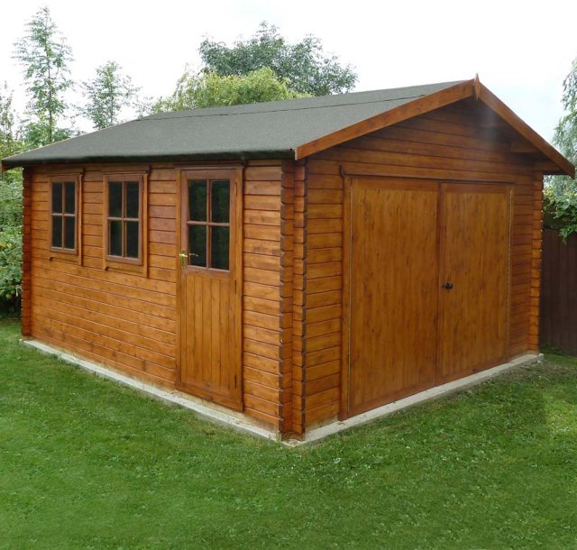 Shire Bradenham Log Cabin