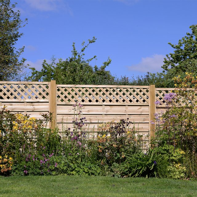 Grange 5ft High (1500mm) Grange Elite St Malo Pressure Treated Fencing Packs