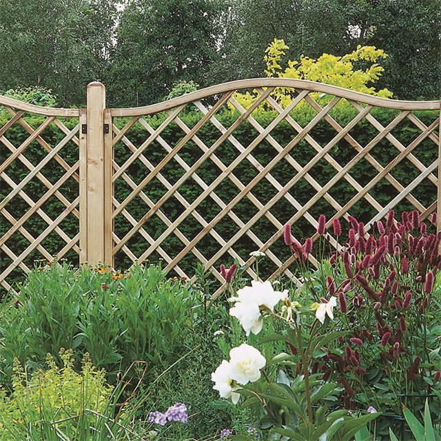 6ft High (1800mm) Forest Europa Hamburg Fence Panels - Pressure Treated