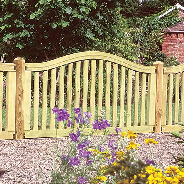 "3' 2"" High (1000mm) Forest Hampton Fence Panels - Pressure Treated"