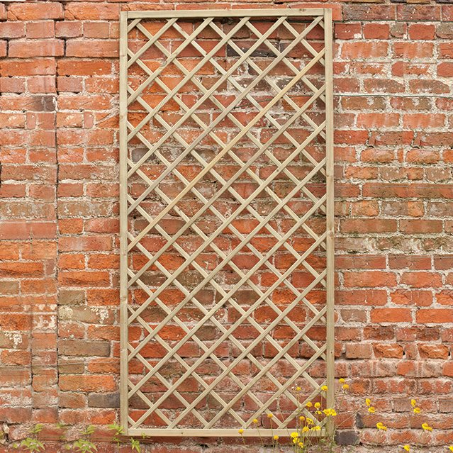 3ft x 6ft (900mm x 1800mm) Forest Hidcote Lattice Trellis - Pressure Treated
