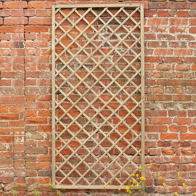 2ft x 6ft (600mm x 1800mm) Forest Hidcote Lattice Trellis