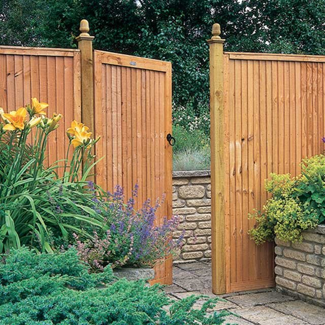 6ft High  Forest Board Gate - in situ