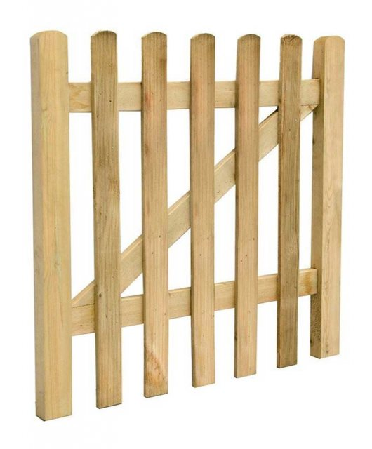 3ft High (900mm) Forest Ultima Pale Gate - Isolated angled view