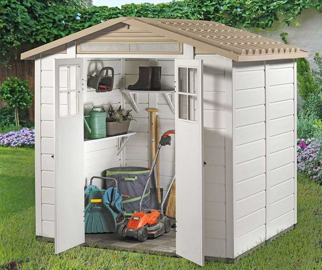 Shire Tuscany EVO 200 Plastic Shed - in situ