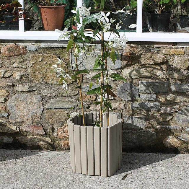 Thorndown Wood Paint 750ml- Tor Stone - Painted on wooden planter