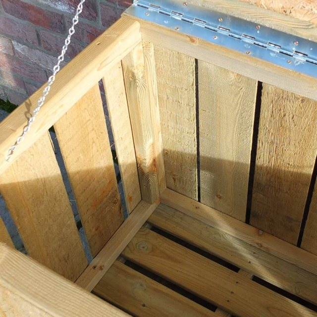 4 x 2 Shire Pressure Treated Log Box with Sawn Timber - close up of box interior