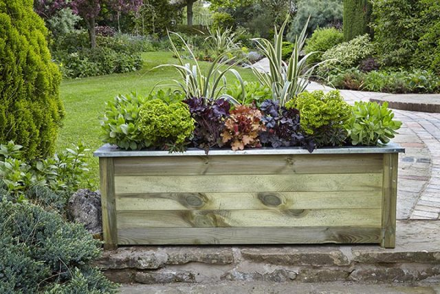 Forest Cambridhe Planter 150 x 50 - in situ